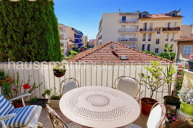 3 bedrooms apartment in the heart of the village