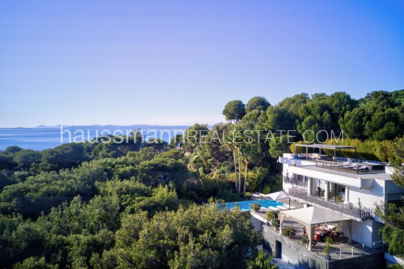 contemporary style living in unspoilt surroundings