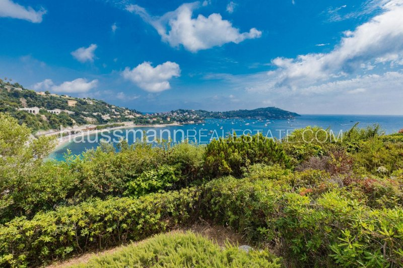 duplex overlooking the bay villefranche and saint jean cap ferrat