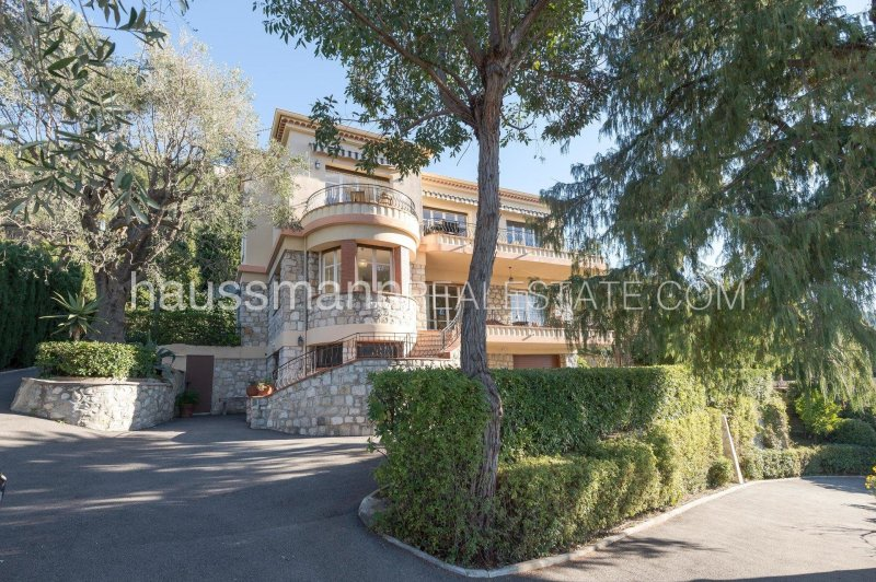 estate with vineyard,olive trees and sea views