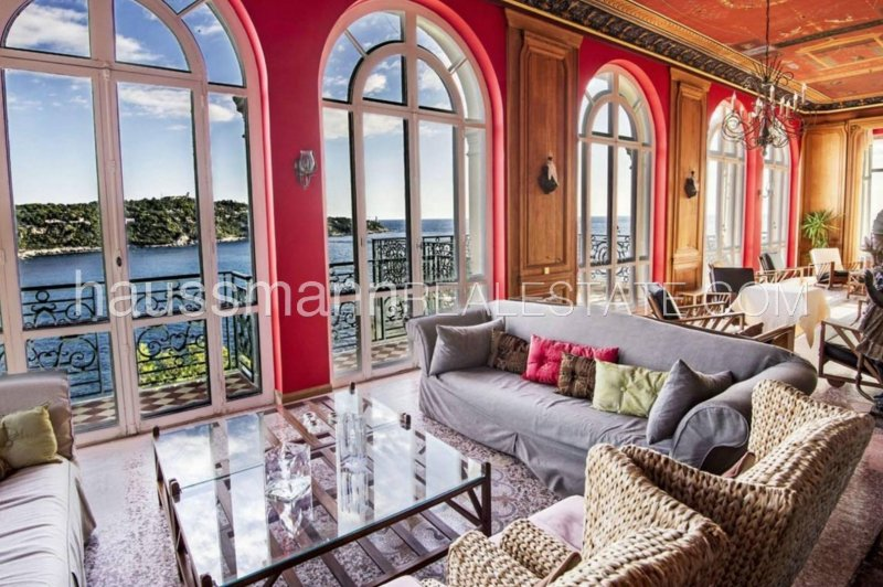 exceptional waterfront property with 14 bedrooms