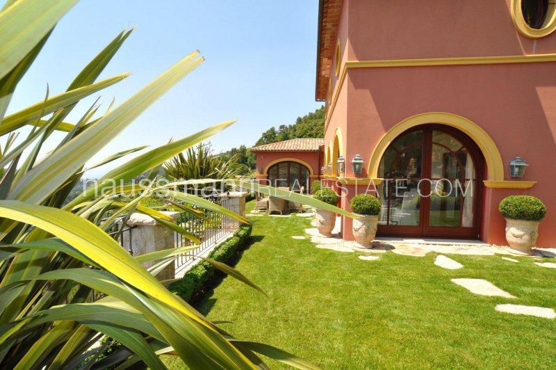 facing the sea and eze village, easy drive to monaco