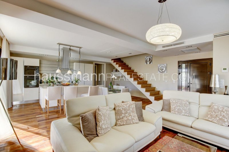 fully renovated property with swimming pool