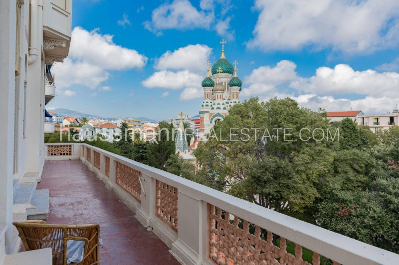 large apartment located in front of the russian cathedral