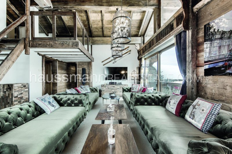 luxurious chalet in the heart of courchevel 1850