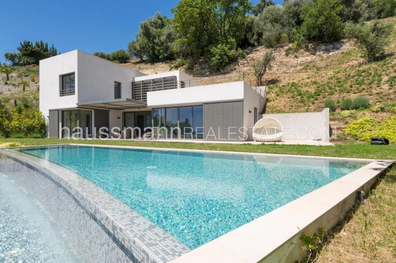luxurious contemporary villa, private domain