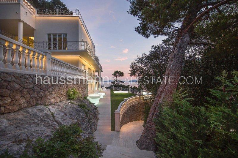 luxury waterfront property - mala beach