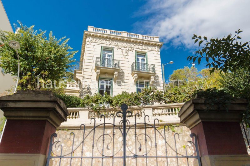 mansion in parc imperial