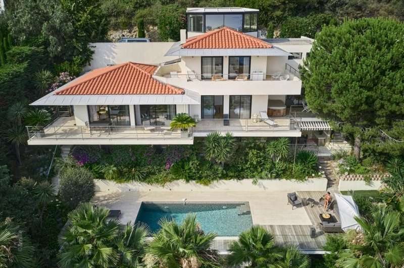 modern villa with 24h gated security next to monaco