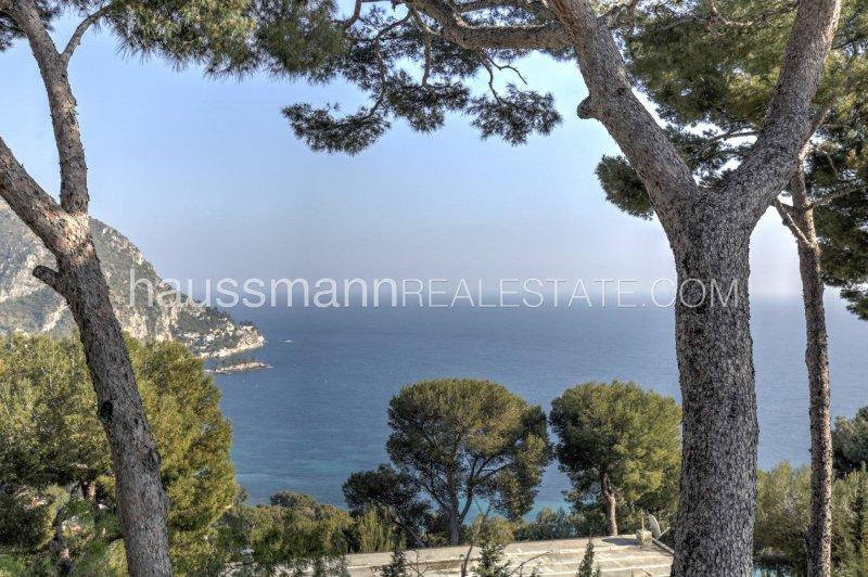 panoramic sea view provencal house
