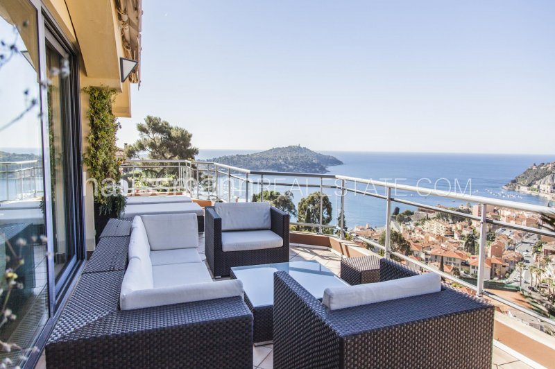penthouse overlooking the villefranche bay