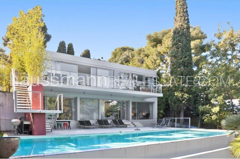 sea view contemporary villa in the heart of cap ferrat