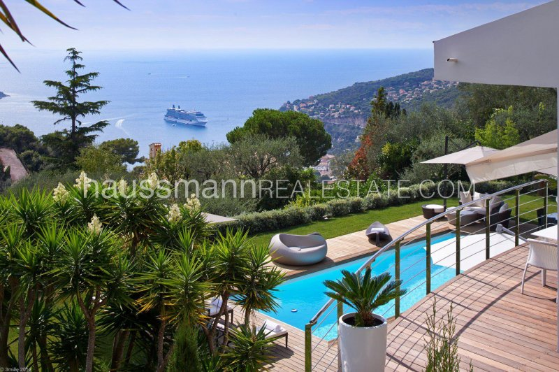 sea view renovated house with swimming-pool