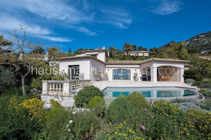 sea view -  swimming-pool - neo-provencal style